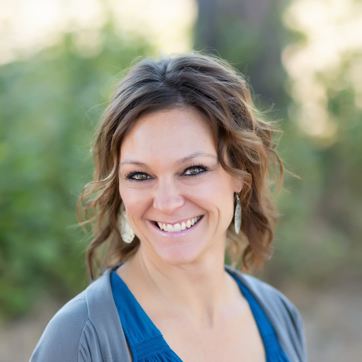 meet nichole - financial coordinator of johnson dental